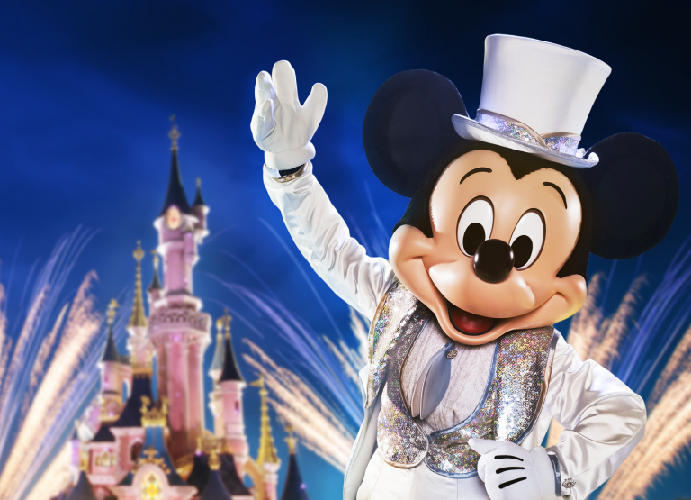 90_years_Mickey_Mouse_Disneyland_Paris