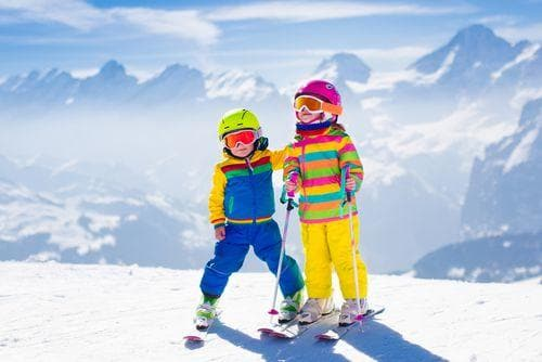 2 weeks in France for families | Children skiing in the Alps