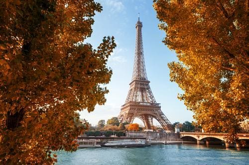 Fall destinations in Europe | Eiffel Tower in Paris in fall