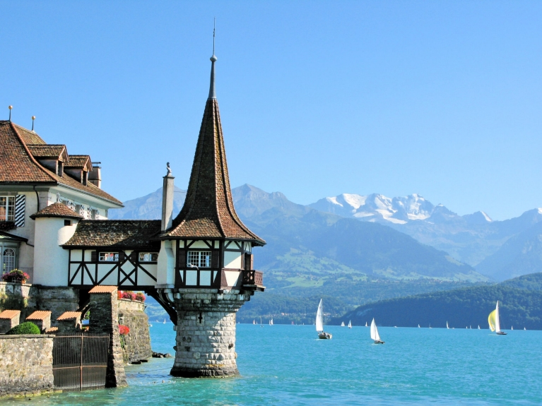 Oberfofen Castle at the Lake Thun