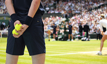 tennis-in-stadium-wimbledon
